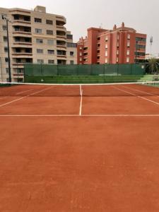 Pista de tenis construida con G-CLAY SYSTEM