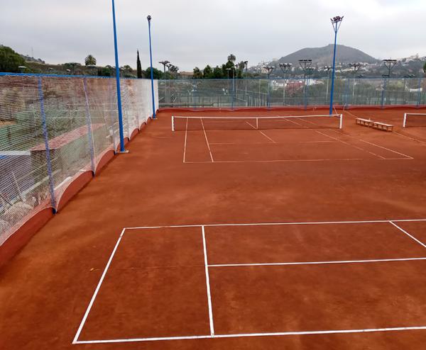 pista de tenis de tierra batida en Gran Canaria